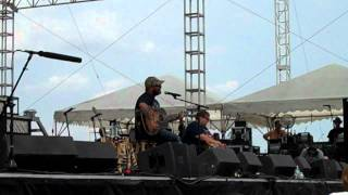 "Aaron Lewis ""What Hurts The Most"" acoustic at B93 Birthday Bash 2011"