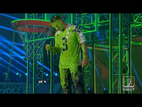 Russell Wilson gets slimed and Cam Newton says RIP to the Dab  Kids Choice Sports Awards
