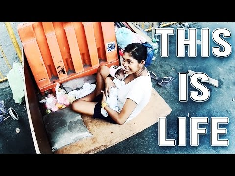 POVERTY IN THE PHILIPPINES | 16 Year old Girl living on the Streets of Manila with a Newborn Baby!