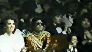 Michael Jackson medley - Barry Manilow [AMA 1984]