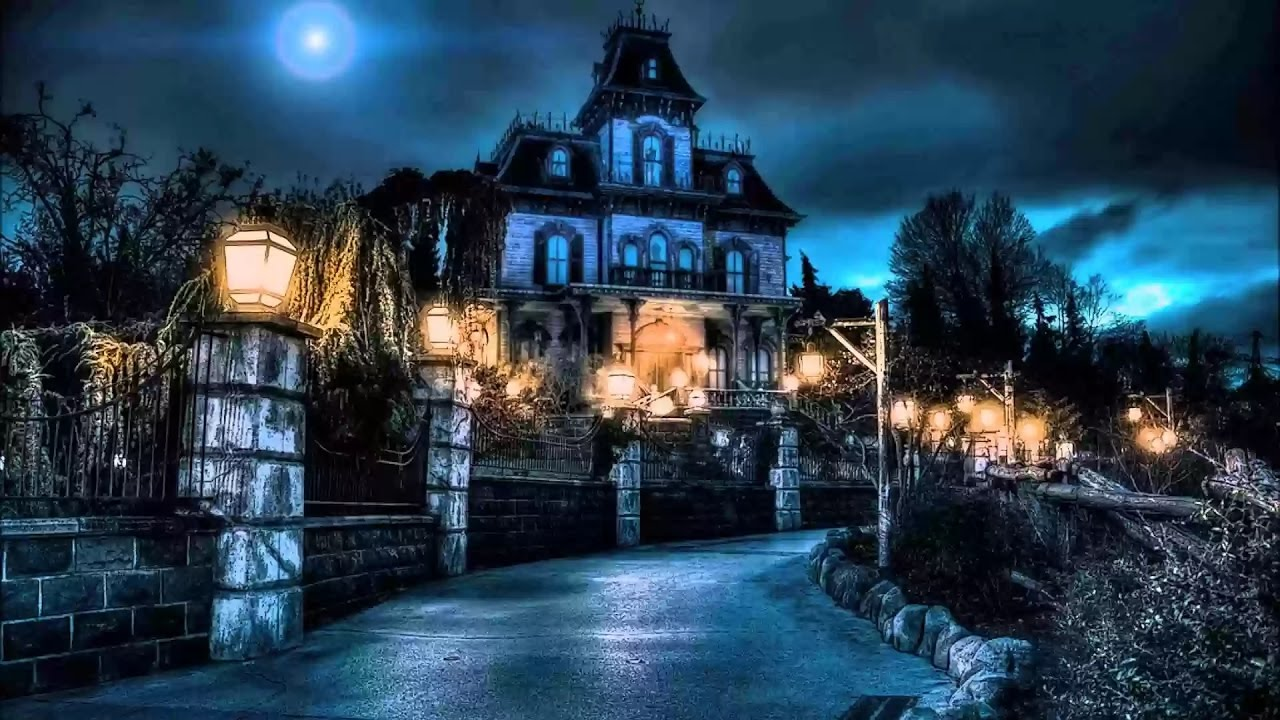 [4K] Phantom Manor ride (Extreme Low Light) - Disneyland
