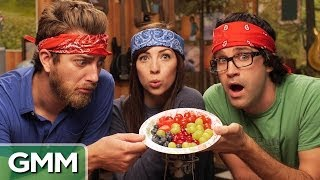 Blind Berry Taste Test ft. Strawburry17