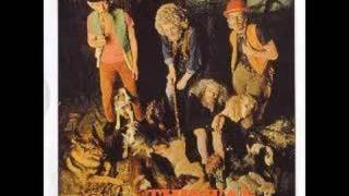 Watch Jethro Tull Beggars Farm video