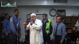 NYC Police Officer becomes Muslim at Masjid Manhattan! Takbeer!