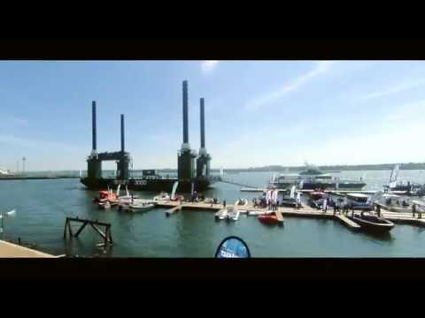Watch how the Ravestein Skylift 3000 dominated the Southampton skyline at Seawork 2017