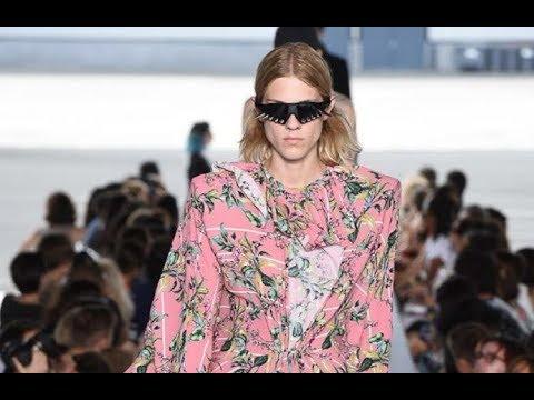 Vetements Spring Summer 2019 Men Women Paris Fashion Channel
