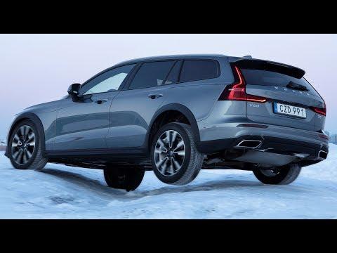 2020 Volvo V60 Cross Country –Test on Snow