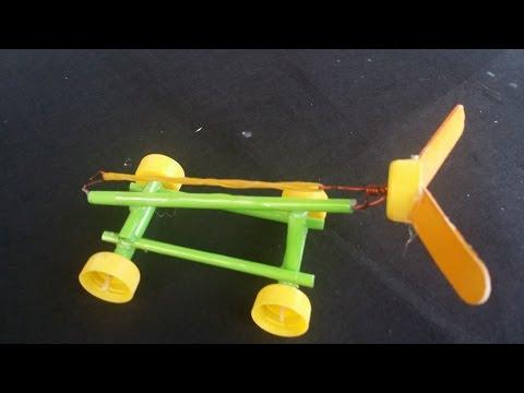 Làm Xe đơn giản chặy bằng dây chun | Xe giấy phản lực