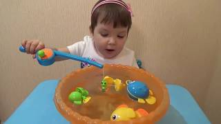 видео Детская игрушка рыбалка на магнитах