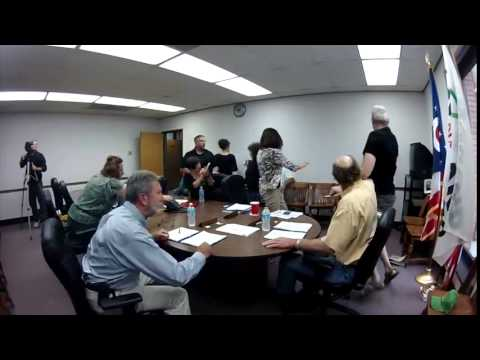 Unedited video of Mike Skidmore incident in Ohio courthouse.