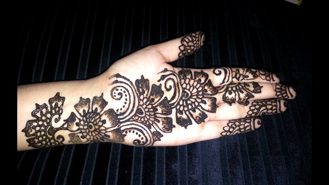 Henna Flower Designs: Simple Flowers Fusion Style Mehndi