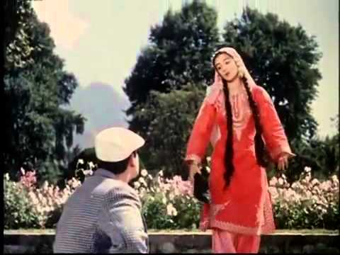 Shammi Kapoor   Saira Banu   Kashmir Ki Kali Hoon Main   Junglee   YouTube