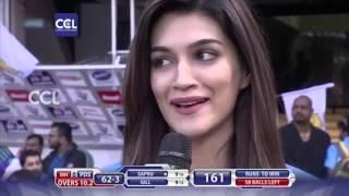 Kriti Sanon at CCL6 Mumbai Heroes Vs Punjab De Sher - Match Centre