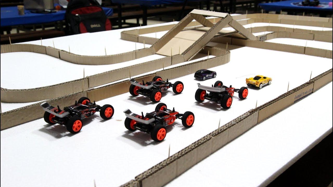 Làm đường đua cho siêu xe sử dụng bìa cứng