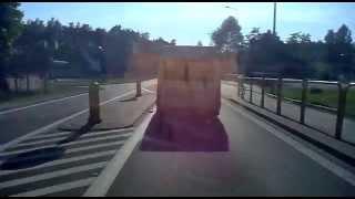 Samobójcze wyprzedzanie kierowcy busa DK6 Strzebielino - Lębork Thumbnail