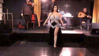 رقص شرقي بفستان مثير على أروع أغاني السيدة أم كلثوم HD