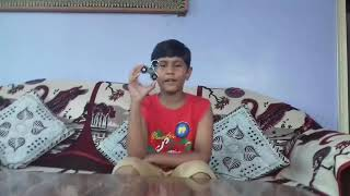 How to spin a fidget spinner by aryan