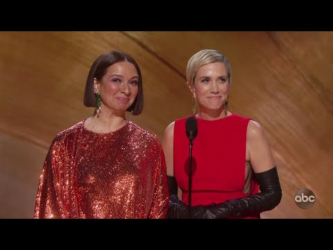 Maya-Rudolph-and-Kristen-Wiig-Audition-While-Presenting