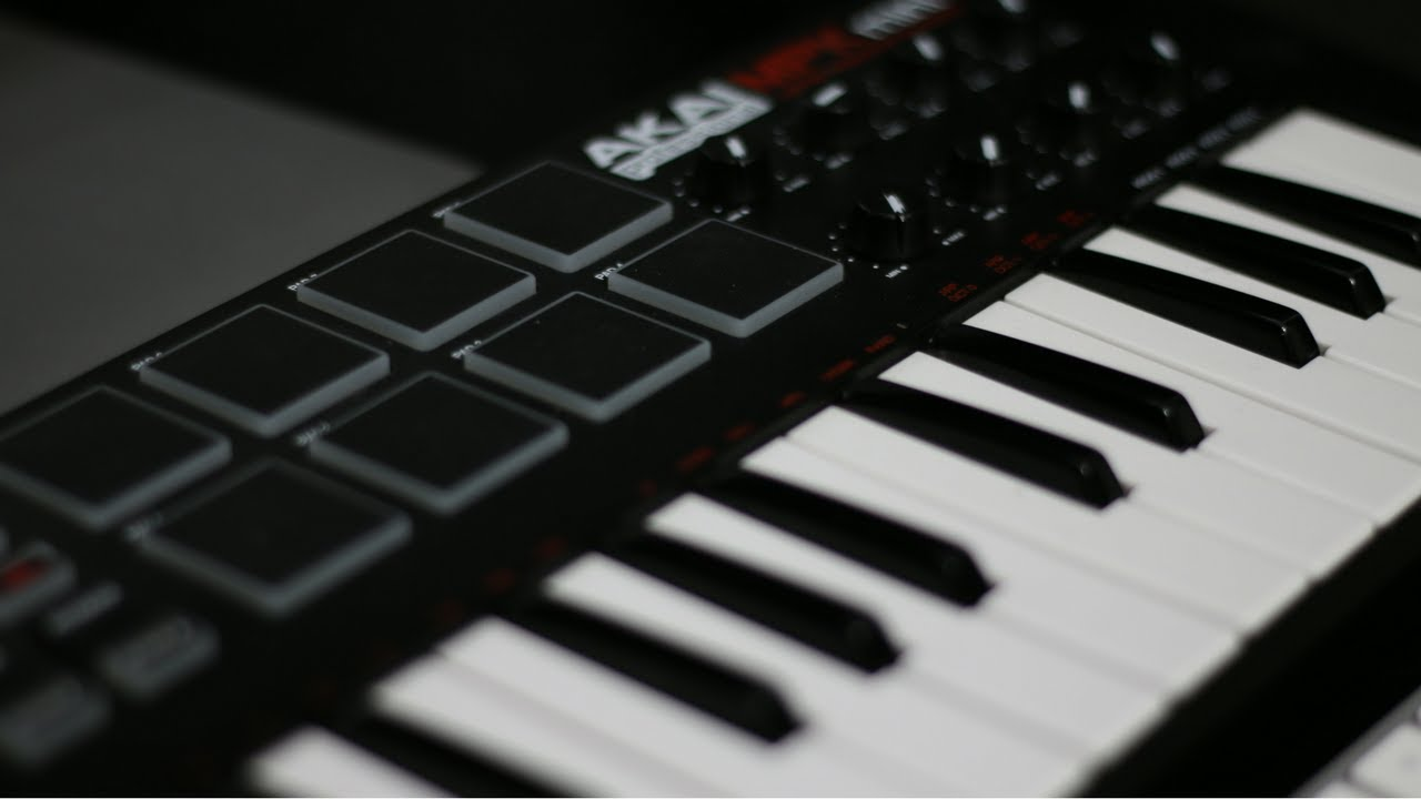 How To Assign Samples To AKAI MPK Mini In Logic Pro X - YouTube