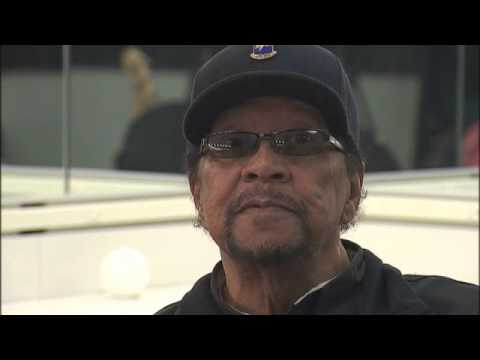 Legendary Bassist Billy Cox Remembers Woodstock, Hendrix and 'The Star Spangled Banner'
