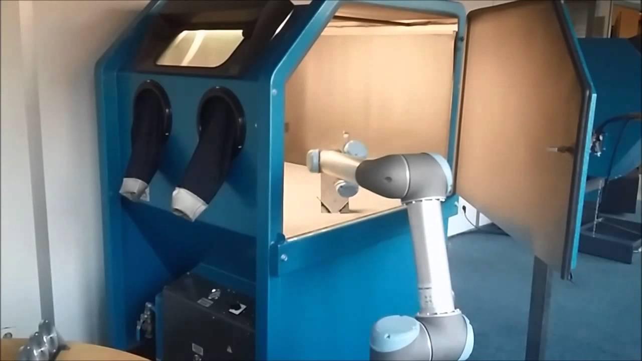 robot de chargement cabine microbillage youtube. Black Bedroom Furniture Sets. Home Design Ideas