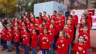 Yusuf Köstem İlkokulu 4.sınıfların  Nermin KAYIŞ yönetiminde \Atatürk Çocukları\  Cumhuriyet Bayramı