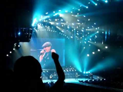 AC/DC For Those About To Rock Live From The AAC In Dallas Texas