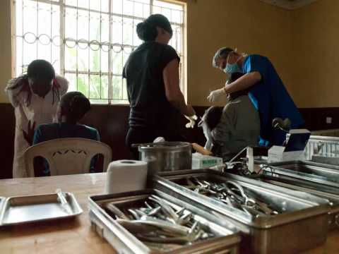 Dentists for Africa Teil 1 Film.wmv
