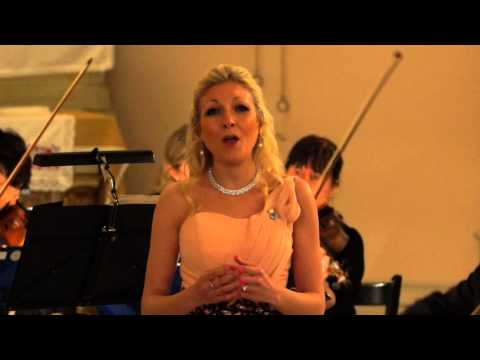Christina Johnston - Ave Maria, Masgagni