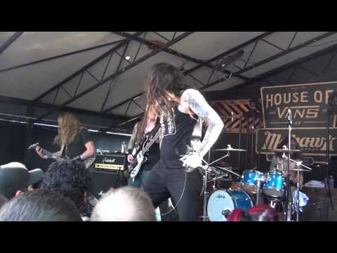 Skeletonwitch - Choke Upon Betrayal (live at The Mohawk SXSW '13)