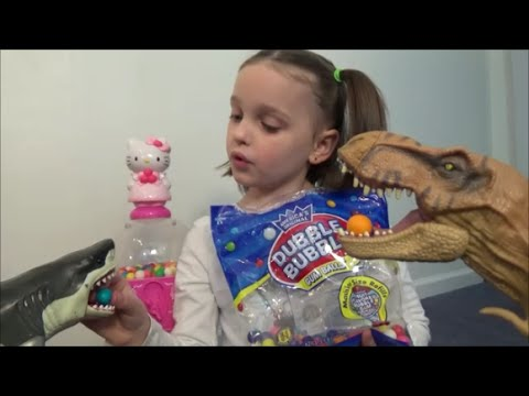 Thumbnail: Feeding Pet Dinosaurs & Sharks Candy Gumballs from Hello Kitty Gumball Machine