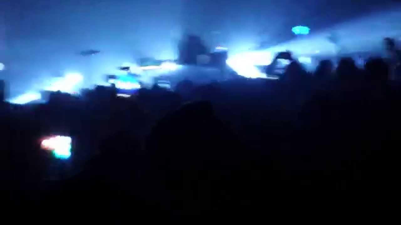 Sbtrkt weird fishes arpeggi radiohead cover w tev 39 n for Radiohead weird fishes
