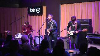 The Black Keys - Tighten Up (Bing Lounge)