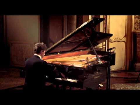 "Francesco Libetta plays Arabesques on J. Strauss ""The Blue Danube Waltz"" by Adolf Schulz-Ever"
