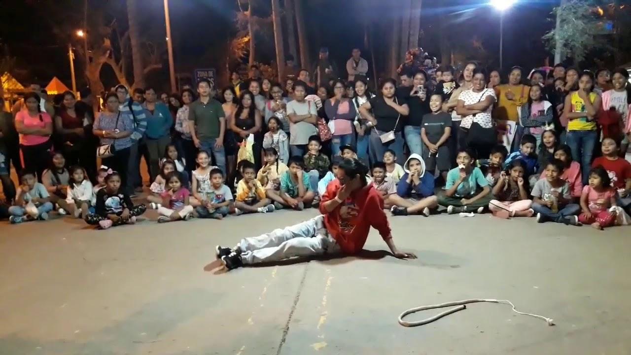 CALENTANDO EL ESQUELETO // COMICOS AMBULANTES // JAÑAPITO FT: HUESITOS Y EL CHURRE