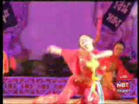 Chinese artistic dance performers in Phuket