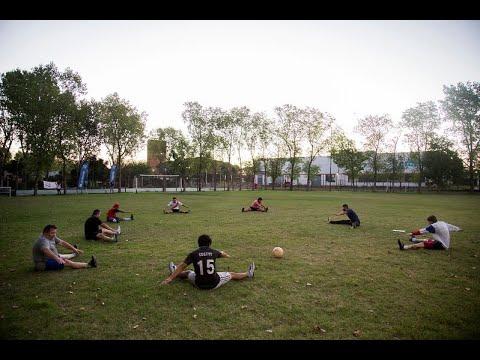 Clases de fútbol en el Campo 2de Boulogne
