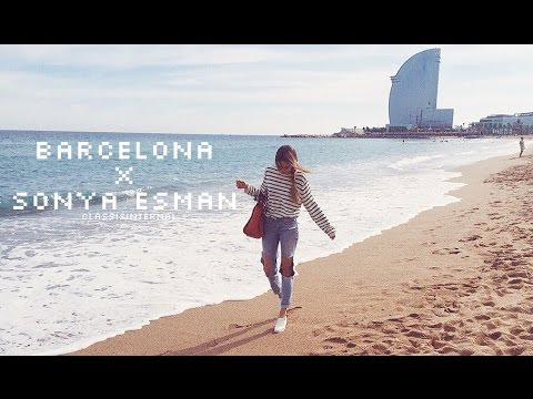Девушки помогают онанистам на пляже видео