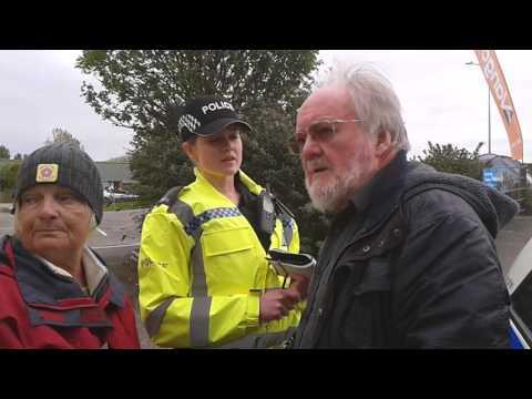 Police Harass Older Gent at PNR 20.4.17