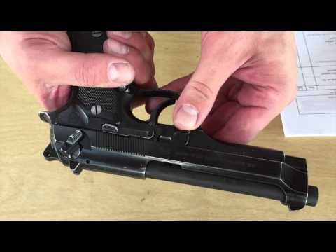 EIB _ Maintain an M9 pistol Part 1 : Clear and Disassemble