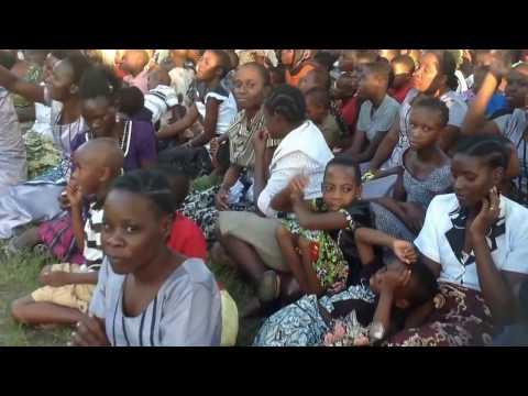 Masanja Akiwa Anahubili Kwenye Mkutano Wa Injili