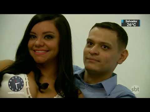 Com câncer no pulmão, homem fica noivo no hospital e vai para altar   SBT Notícias (13/02/17)