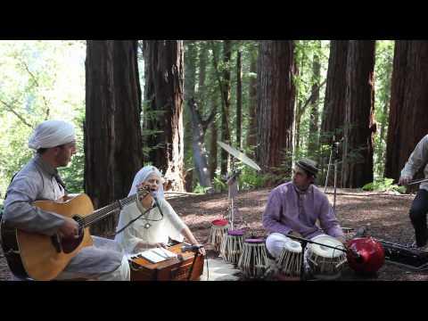 Snatam Kaur - Live in the Redwoods - Mere Ram/Beloved God