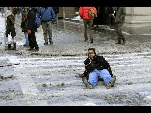 people-slipping-on-ice-compilation!