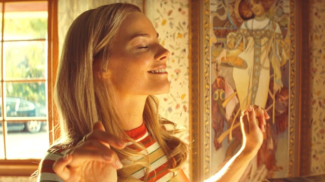 Margot Robbie in Playboy Mansion (dance party) ?MV? Once Upon a Time in Hollywood [2019]