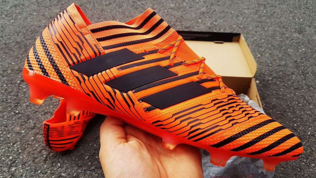 f4aaf77915ab Adidas Nemeziz 17.1 Pyro Storm Pack Unboxing - Nuevas Botas De Fútbol Leo  Messi