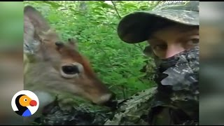 Deer Befriends Hunter: Friendly Deer Shows Hunter Love | The Dodo