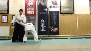 gyakuhanmi katatedori kaiten osae [TUTORIAL] Aikido basic technique