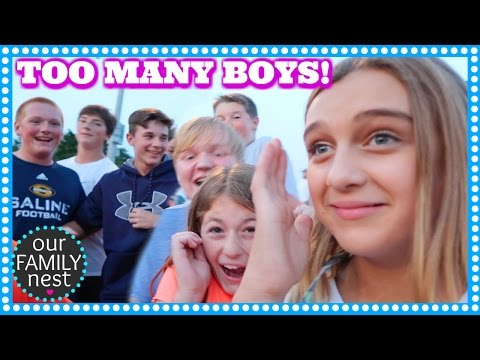 MEETING FANS & THERE ARE WAY TOO MANY BOYS!!