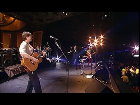 Crowded House - Sister Madly / Italian Plastic Live HQ (Feat Peter Jones)